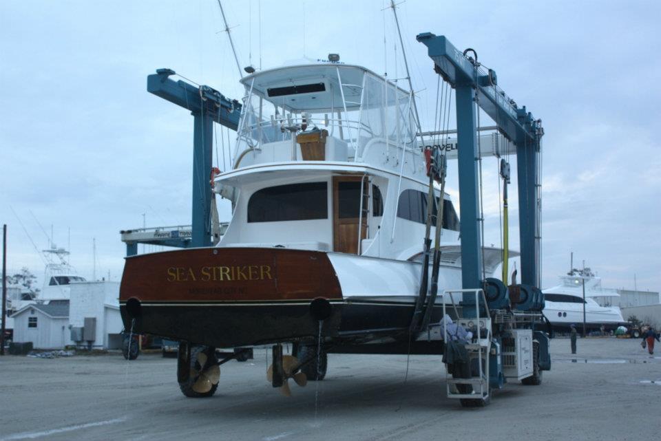 Routine Maintenance on 61' Jarrett Bay, Sea Striker