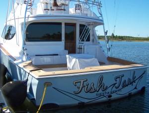 Fish Tank - Hatteras Yachts GT63