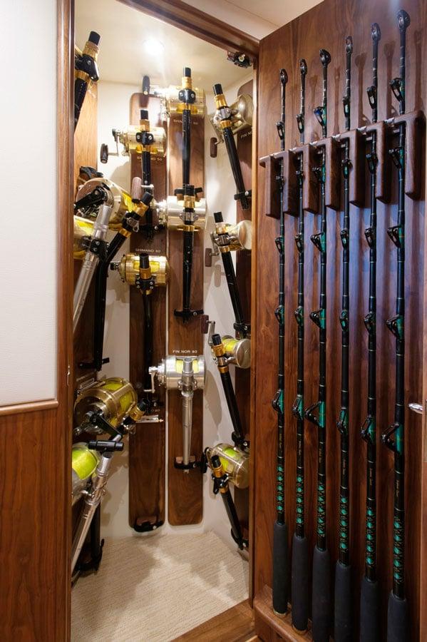 rod locker