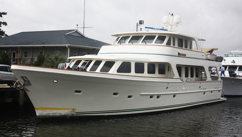 "New Paint for this 80′ Offshore Motoryacht ""Liberty"""